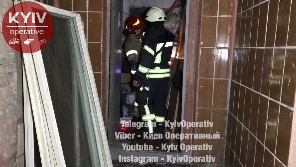В Киеве в жилом многоквартирном доме произошел взрыв (фото)