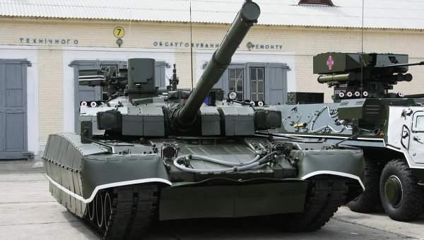 Муженко заявил, что украинская армия еще около года будет ждать  танки