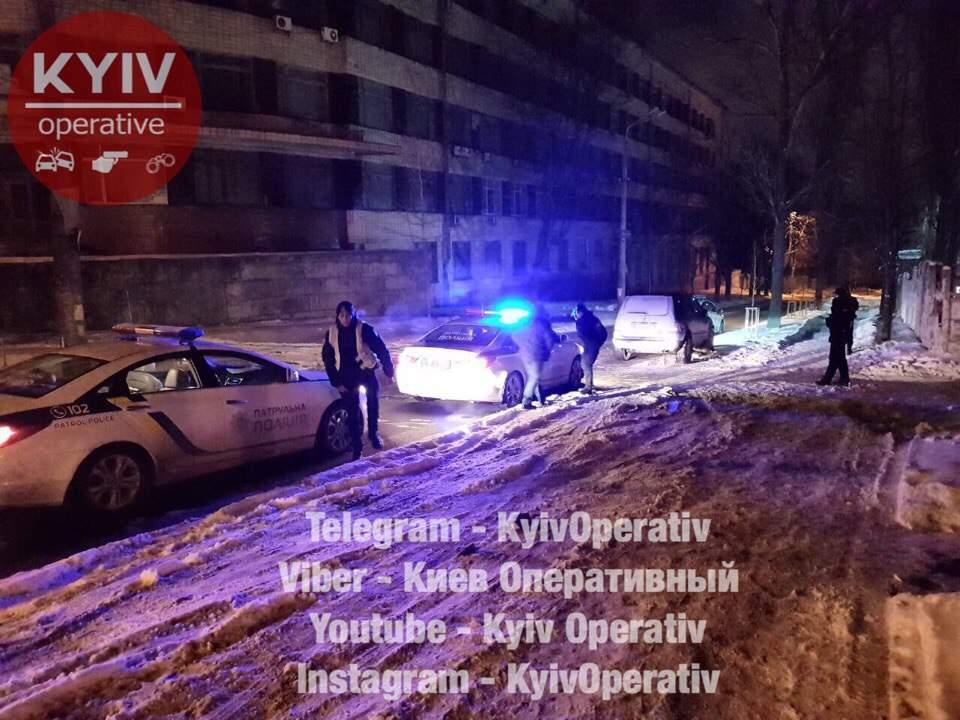 В Киеве водитель дважды за ночь