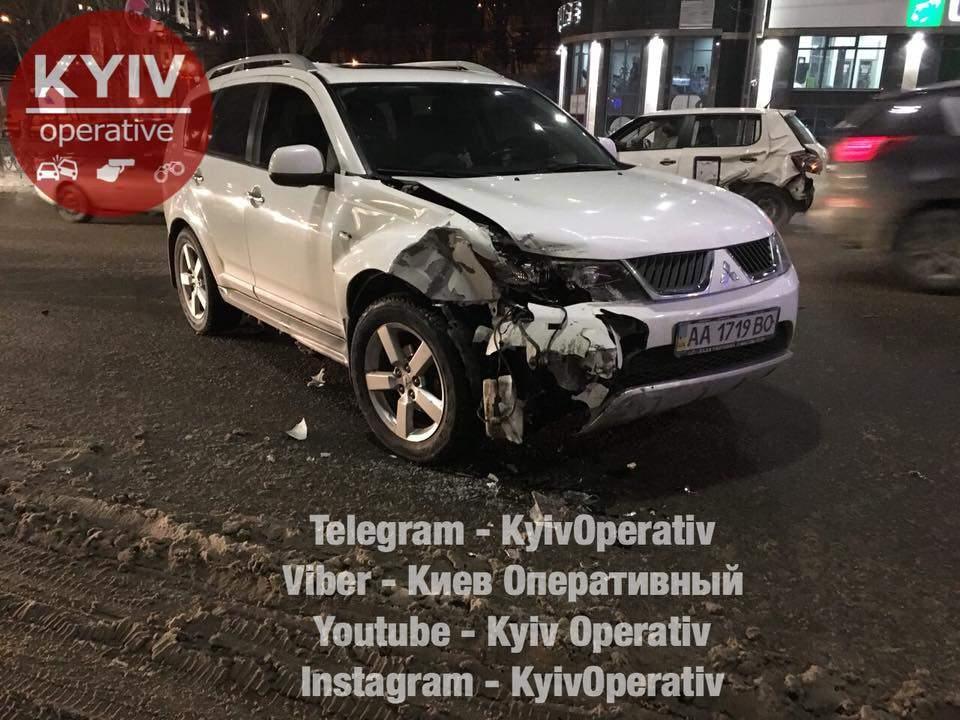 В Киеве произошло ДТП  с участием автомобиля