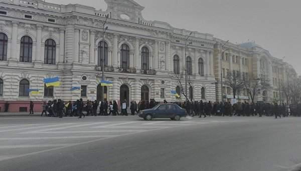 В Харькове ветераны правоохранительных органов снова провели митинг под зданием ОГА