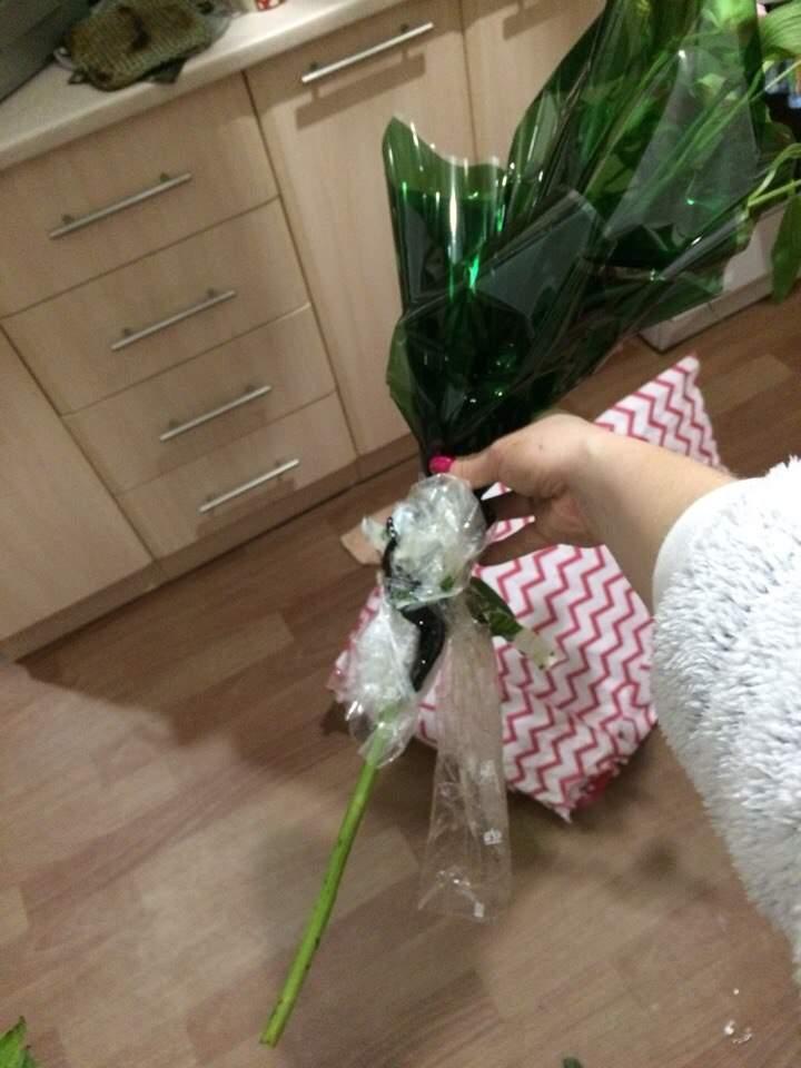 Одесситка пожаловалась на недобросовестных флористов в цветочном салоне (фото)
