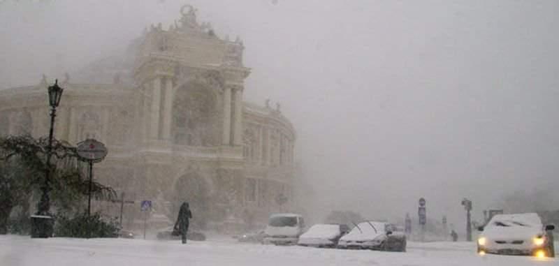 В связи с погодными условиями в Одесской области прекратили работу 640 учебных заведений