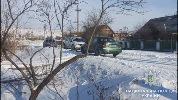 В Одесской области нетрезвый грабитель пытался изнасиловать пожилую женщину (Видео)