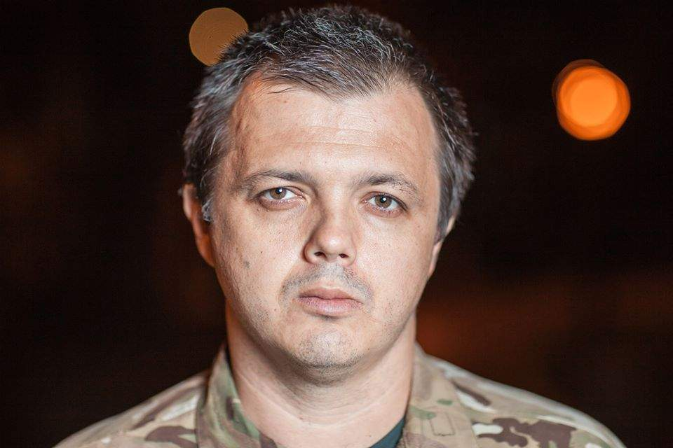 Семенченко сообщил о начале штурма  палаточного городка на Грушевского