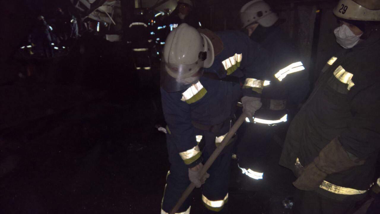В Днепропетровской области произошло обрушение крыши конвертерного цеха (видео)