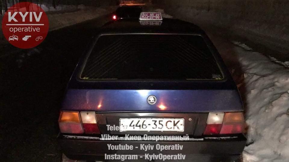 В столице остановили нетрезвого таксиста с пассажиром (Видео)