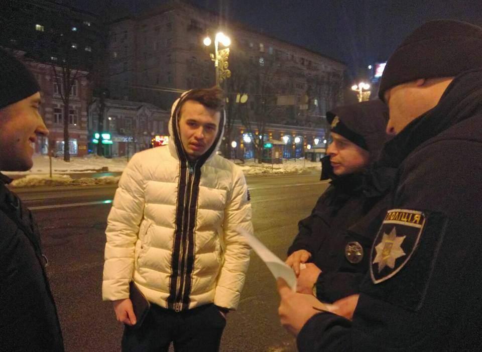 В столице активисты задержали мажора за нарушение ПДД (Фото)