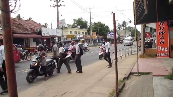 Из-за религиозных столкновений на Шри-Ланке введен режим ЧП