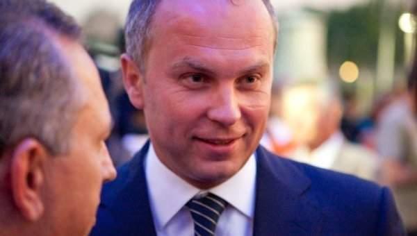 Шуфрич заявил, что текст гимна Украины нужно переделать на более