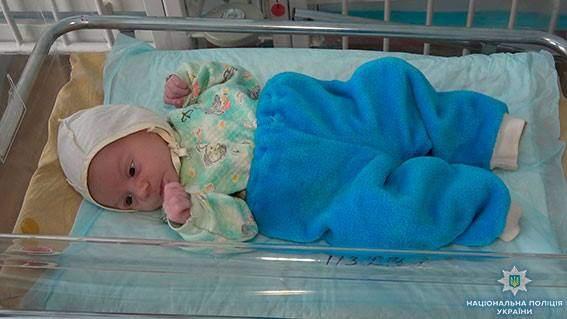 В Сумской области неизвестные подбросили в подъезд многоквартирного жилого дома двухмесячного младенца