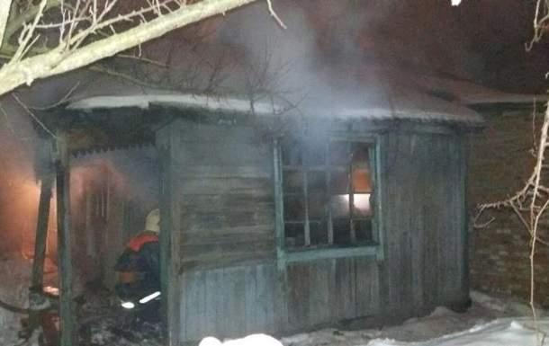 В Сумах во время ликвидации пожара в жилом доме были обнаружены тела трех человек