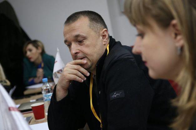 В Черновцах двое неизвестных избили члена антикоррупционной организации