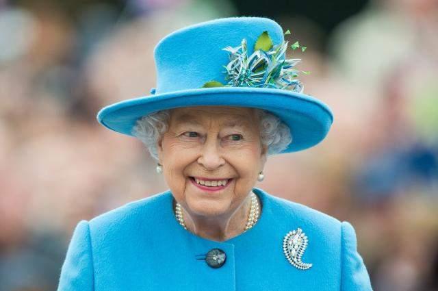 Английская королева ответила на письмо школьника из Запорожья