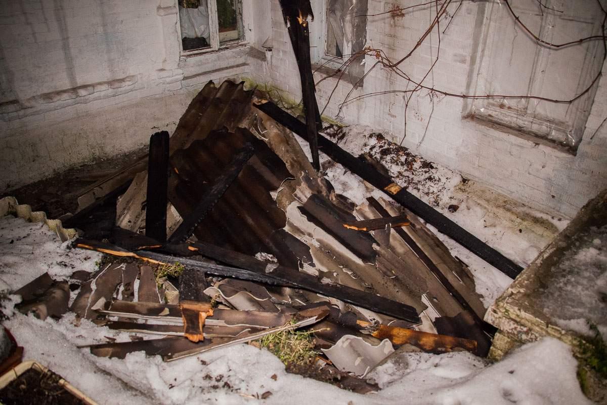 В Днепре в результате пожара в жилом доме пострадала женщина (фото)