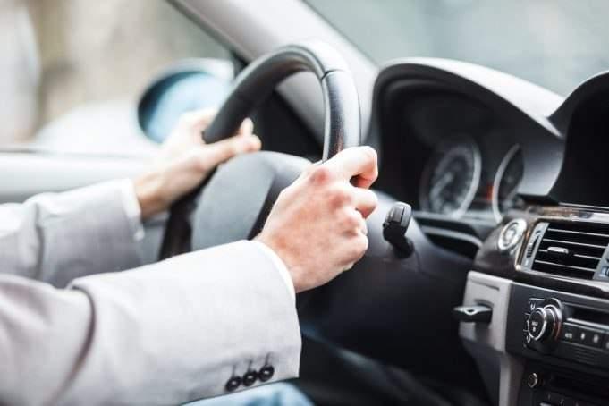 В Одессе на год отобрали права у водителя, который сбил женщину и не оплатил ее лечение