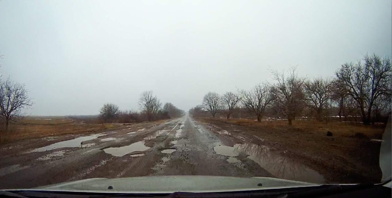 Водителей удивило ужасающее состояние трассы