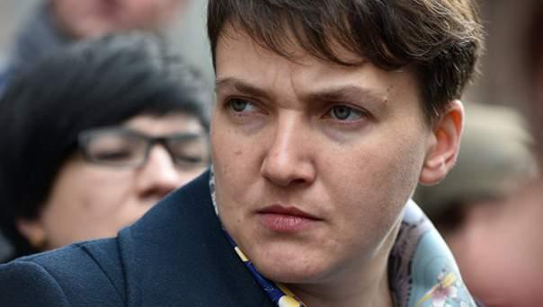 Луценко зачитал подозрения в адрес Савченко на заседании регламентного комитета Рады (Видео)