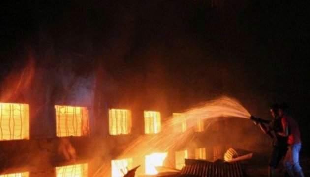 На нелегальной фабрике фейерверков в Индии прогремел взрыв: есть погибшие