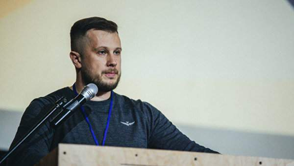 Билецкий заявил, что большинство военных поддержат госпереворот в Украине