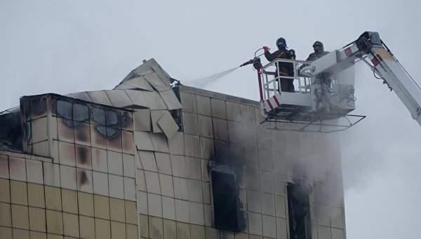 В российском Кемерове увеличилось число погибших до 48 человек