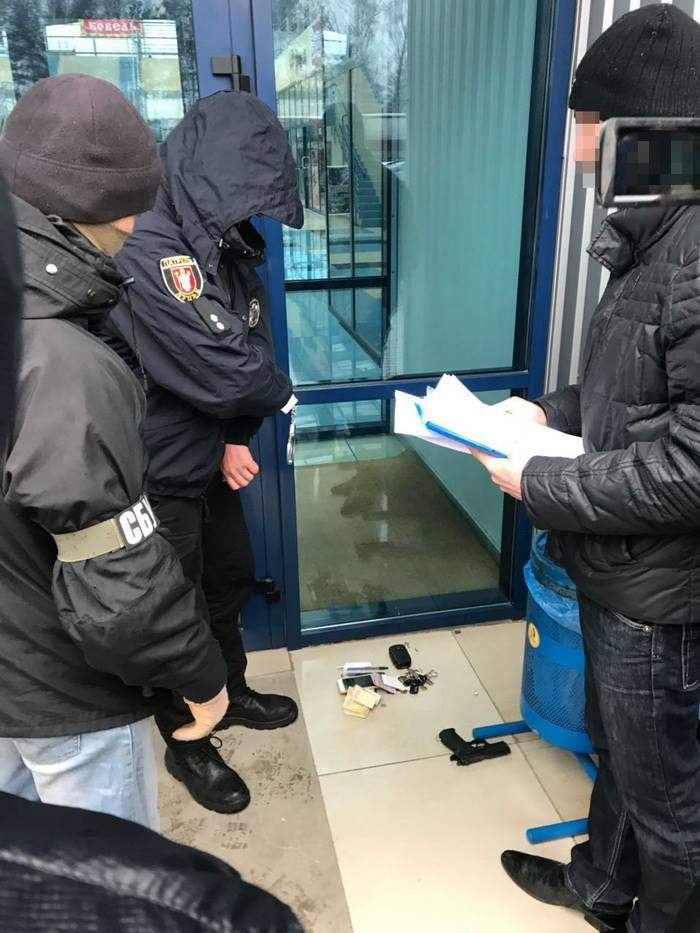 На Волыни на взятке задержан командир взвода патрульной полиции