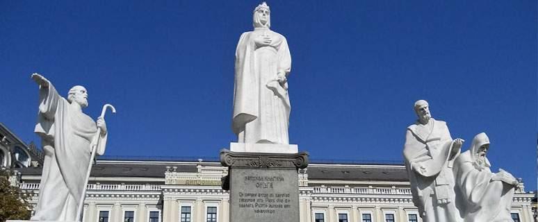 На въезде в Киев из Житомирской трассы разместят статую княгини Ольги