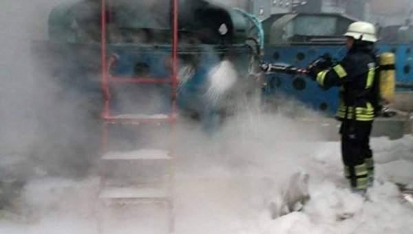 В Киеве произошел пожар  в здании насосной станции Бортнической