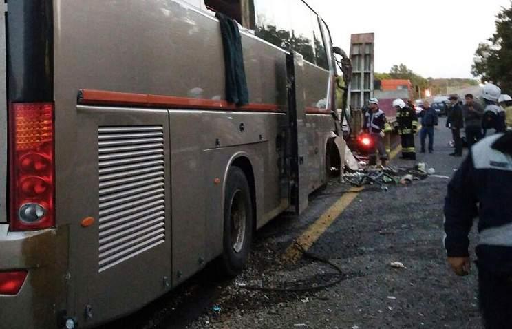 Столкновение автобуса с трейлером в Канаде: погибло не менее 14 человек