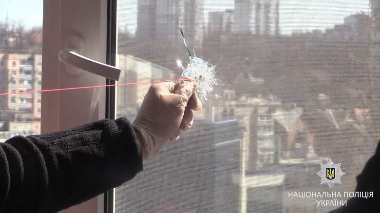 В столице мужчина открыл стрельбу по окнам квартир (Видео)