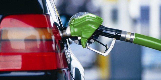 Рост цен на топливо в Украине может составить от 4 до 15 гривен - эксперт