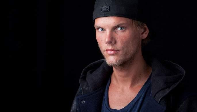 СМИ: шведский диджей Avicii скончался от кровопотери
