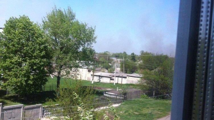 В городе Балаклее  танк наехал на снаряд, в результате возник пожар на военных складах