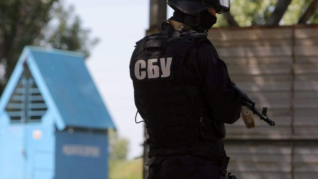 В Запорожье СБУ проводит обыски во всех отделениях полиции и прокуратуры