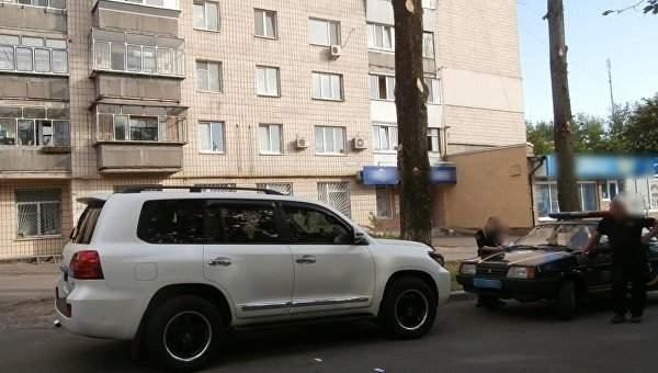 Под Киевом грабители ранили мужчину из травмата и забрали деньги