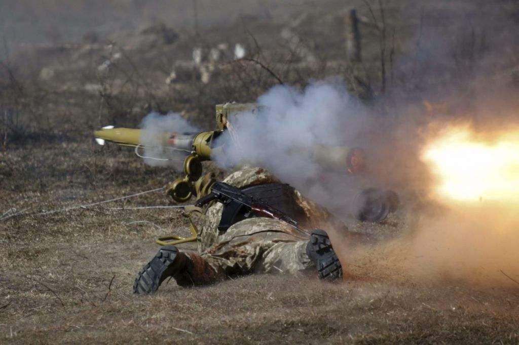 За минувшие сутки в зоне ООС  один украинский воин погиб, четверо получили ранение