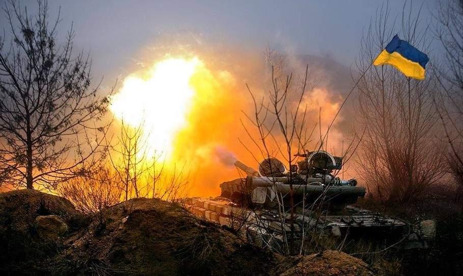 За прошедшие сутки на Донбассе трое украинских солдат получили осколочные ранения