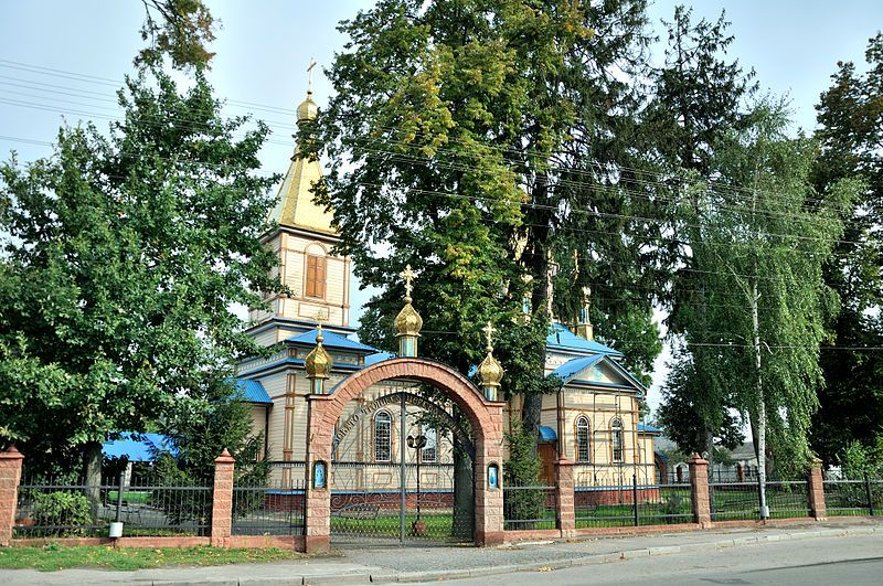 Ровенский чиновник обратился к правоохранителям с требованием провести обыски в храмах Московского патриарха
