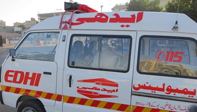На юге Пакистана при обрушении моста погибли пять человек