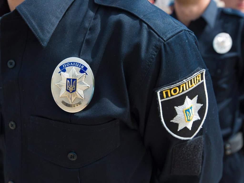 В Киевской области пьяный дебошир серьезно ранил охранника