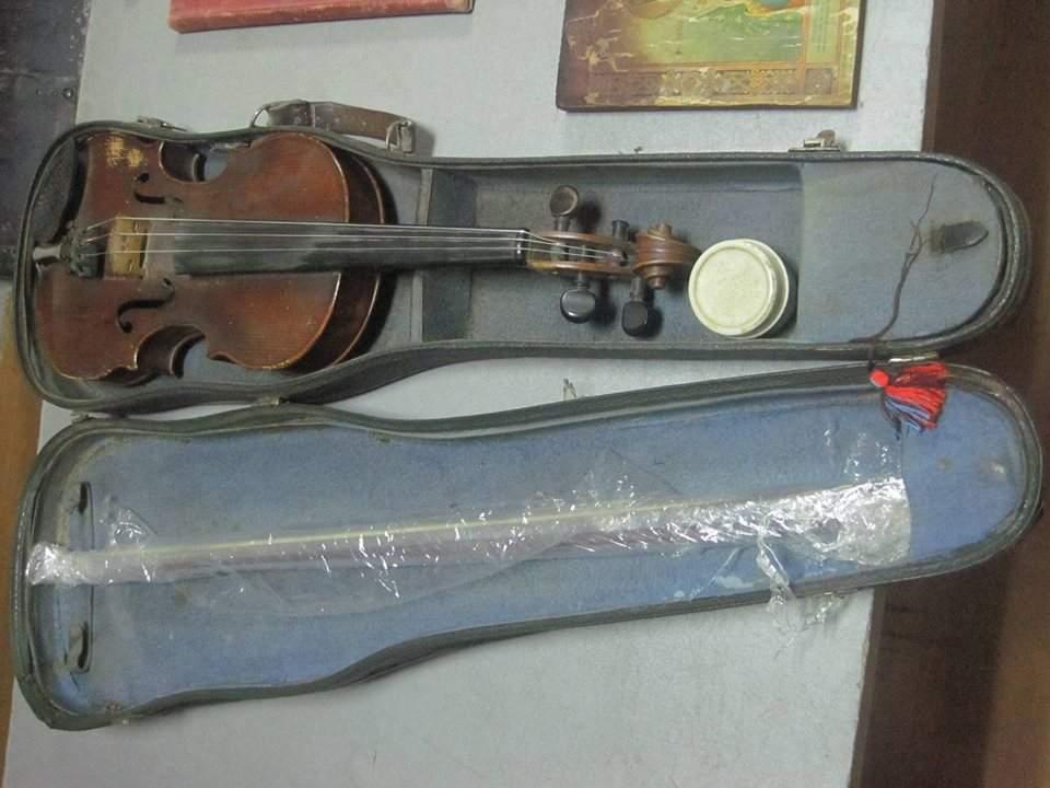На Сумщине задержан гражданин Молдовы, который пытался вывезти за границу скрипку Страдивари