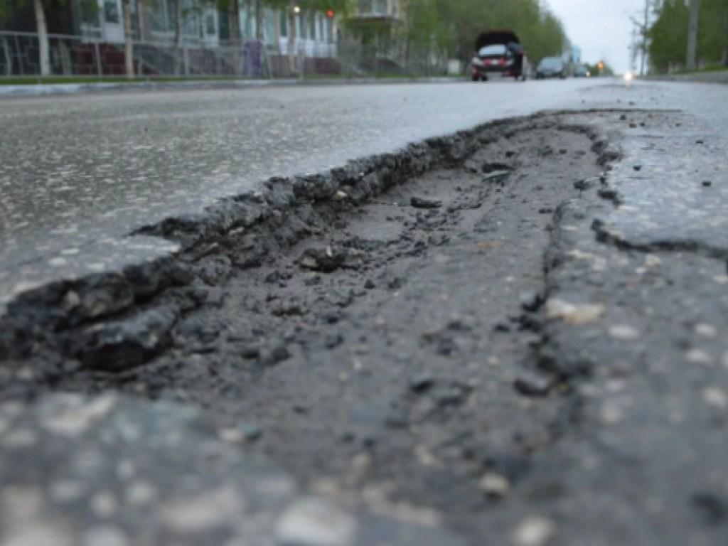 Средства на ремонт дорог тратятся не эффективно, часто заказчик, подрядчик и проверяющий одно и тоже лицо - депутат