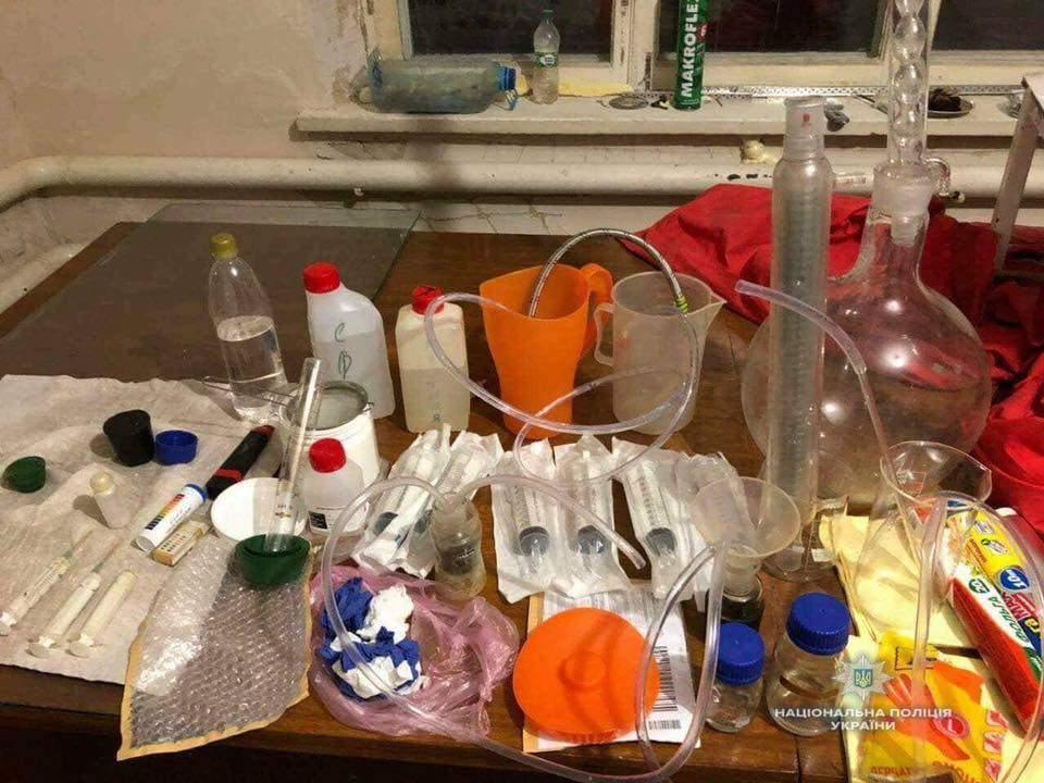 На Киевщине  полицейские ликвидировали лабораторию по изготовлению амфетамина