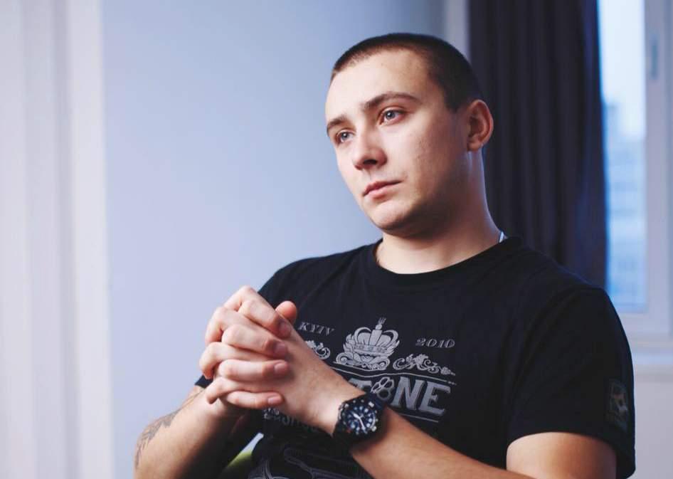 СМИ: Стерненко зарезал нападавшего своим ножом. Убитый проходит по делу, как потерпевший