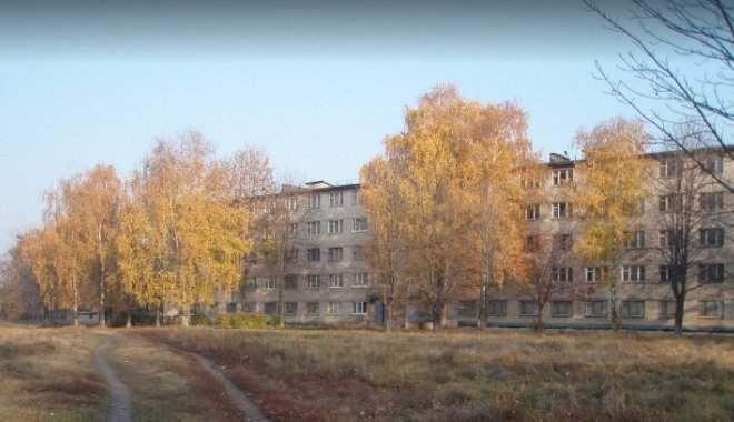 В Харькове из окна общежития медколледжа выпала ученица
