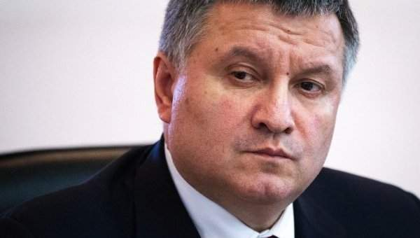 Министр МВД назвал провокацией вопрос о том, когда он заговорит на украинском
