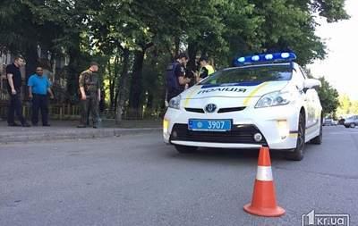 В Кривом Роге неизвестные убили мужчину, а после на ходу выбросили его тело из машины