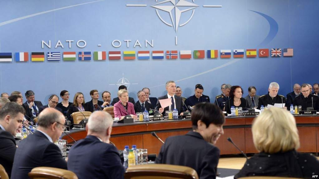 СМИ: Министры стран НАТО намерены увеличить силы реагирования альянса на 30 тыс. человек