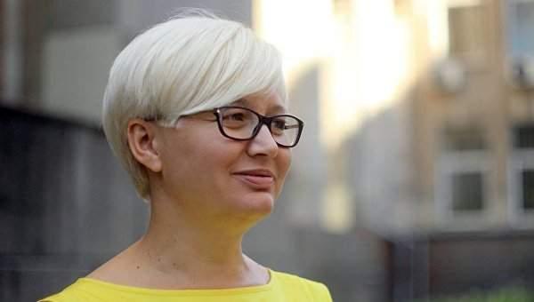Украинская писательница осудила изучение венгерского языка в школах и пригрозила властям