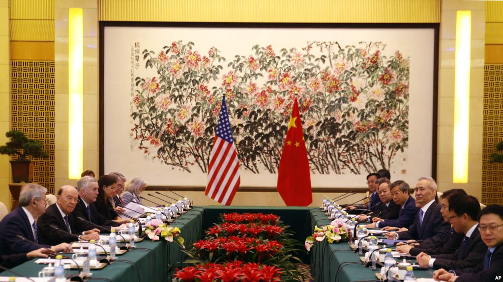 Торговые соглашения между США и Китаем могут не вступить в силу из-за введения пошлин Вашингтоном